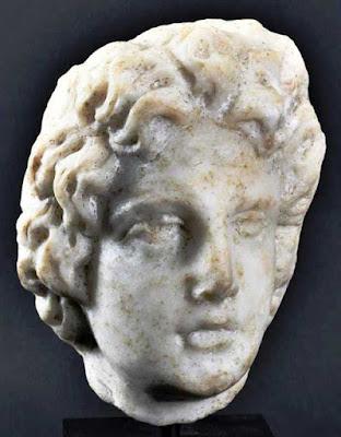 Ξεπουλιέται κεφαλή του Μεγάλου Αλεξάνδρου