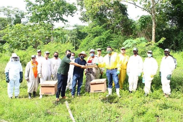 SANTA RITA: Ação da secretaria de agricultura garantiu assistência técnica para produtores de mel em Santa Rita e Bacabeira