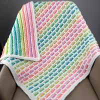 Hands knit Bib and Washcloth Blue Elephant – Hand Made Oklahoma | 200x200