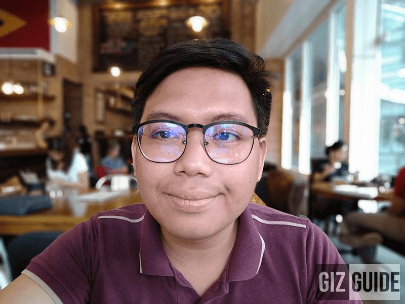 Indoor selfie portrait mode