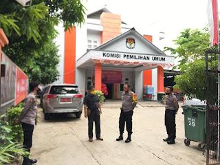 Kapolres Pangkep Kontrol dan Pastikan Keamanan di Kantor KPU serta Bawaslu