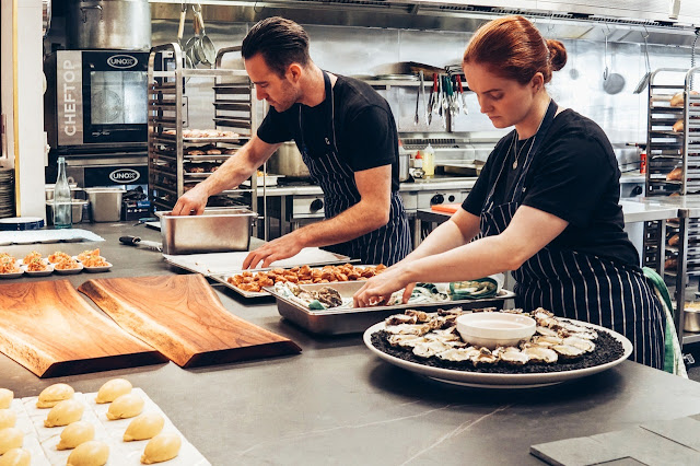 5 Essential Pieces of Commercial Kitchen Equipment