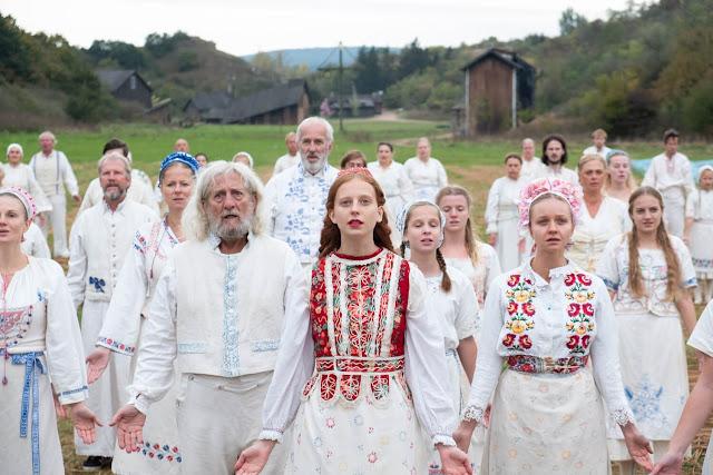 Slunovrat (Midsommar) – Recenze