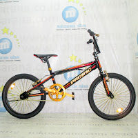 20 Pacific Hot Shot 200 FreeStyle BMX Bike