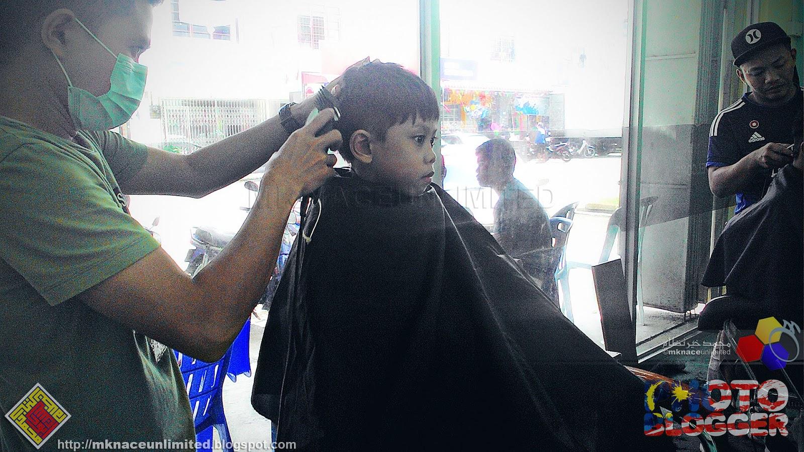 Rambut Raya di Aza Green Hairstyle. Tetiba ja mama soh gi potong rambut  anak beranak. Layan aje ler. Jarang bebeno aku gunting setakat rambut  sedang sedang ... 7605845ae7