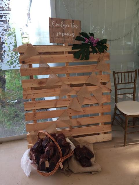 Carteles de madera boda