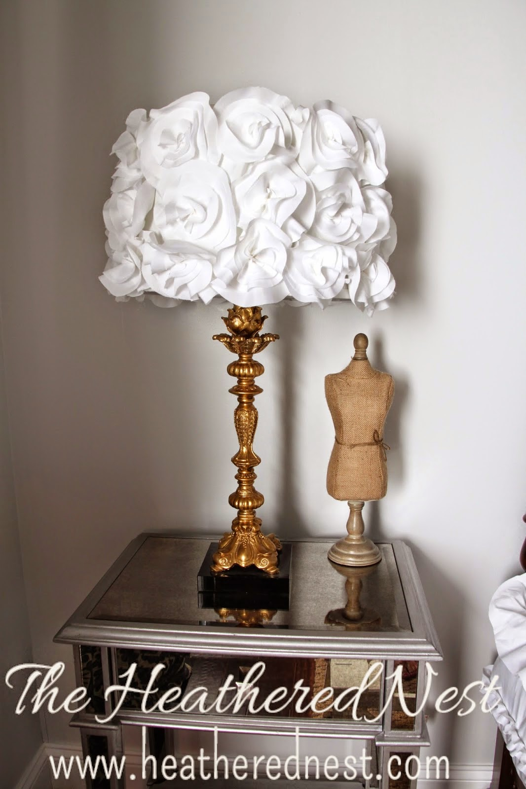 Goodwill tips diy lampshade ideas for Ideas for decorating lamp shades