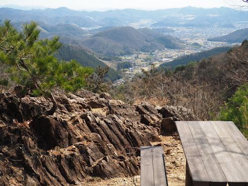 行道山浄因寺の寝釈迦付近