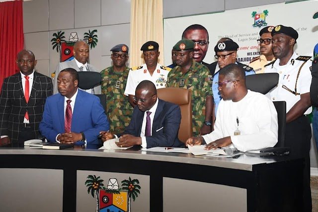Sanwo-Olu signs executive order on enforcement of traffic, sanitation matters