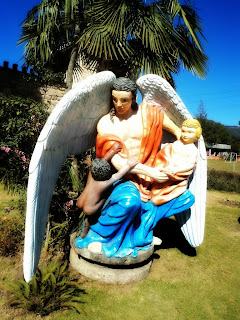 Arcanjo Haniel, na Casa dos Anjos, Rio Rufino