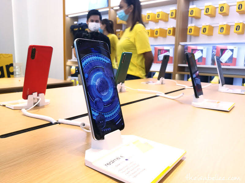 realme phones at Nu Sentral experience store