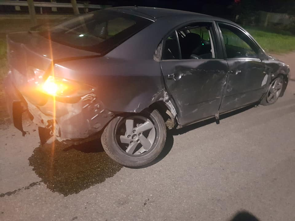 Daugavpilī vadītājs pamet avarējušu auto