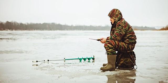 Зима скінчилася: рятувальники закликають рибалок не виходити на лід