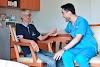 Tugas dan Biaya Mendatangkan Perawat Home Care