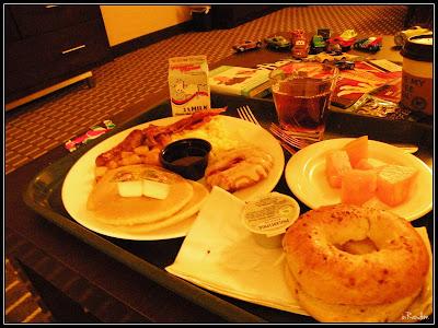 Embassy Suites Breakfast service