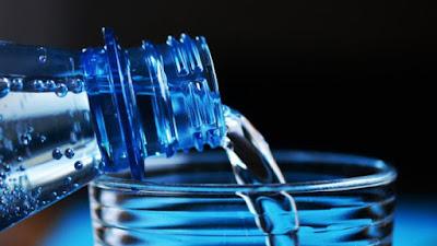 أنواع لا تعرفها عن الماء والفوائد الصحية لكل منها