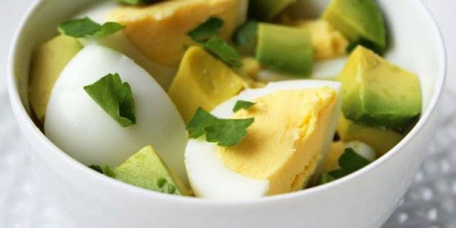 Οι καλύτερες πρωινές συνταγές που θα σας βοηθήσουν να χάσετε βάρος