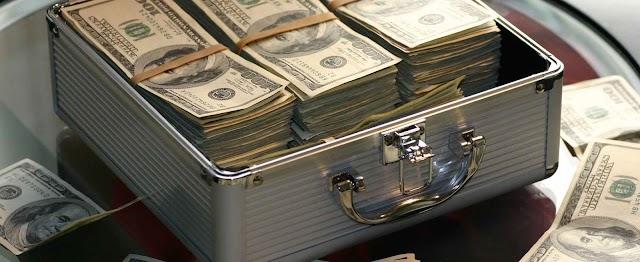 Lei da Atração: A Técnica de Cynthia Stafford para ganhar na Loteria 112 milhões de dólares