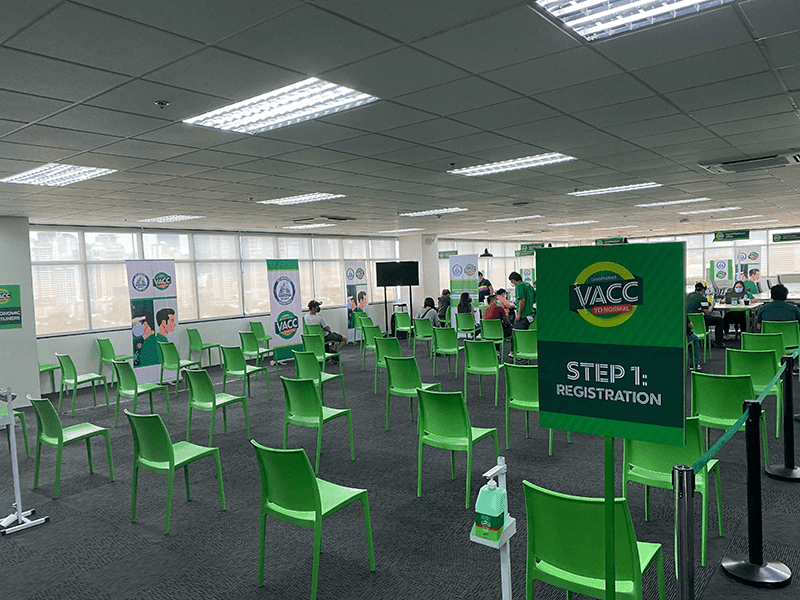 Grab Philippines partners with Makati LGU to vaccinate 7,000 economic front liners