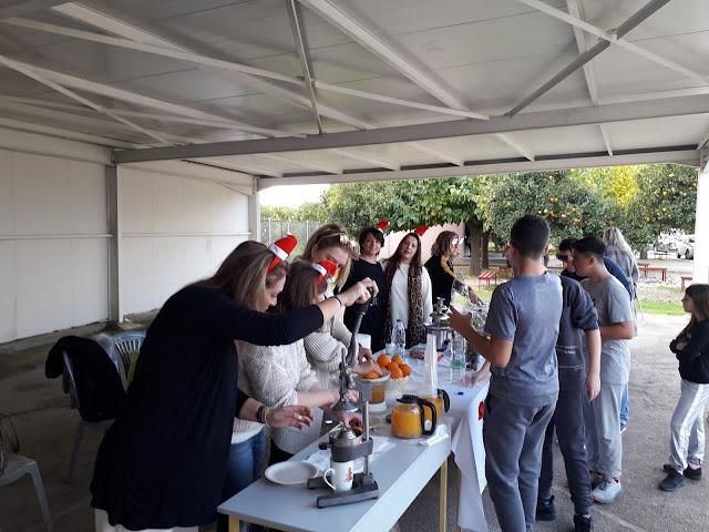 Συνάντηση Αγάπης με «άρωμα» Χριστουγέννων στο Νέο Σχολείο