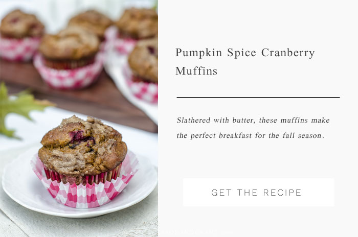 A perfect fall breakfast muffin - Pumpkin Spice Cranberry Muffins