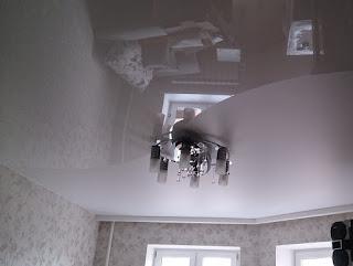 Глянцевый-матовый натяжной потолок в Армавире