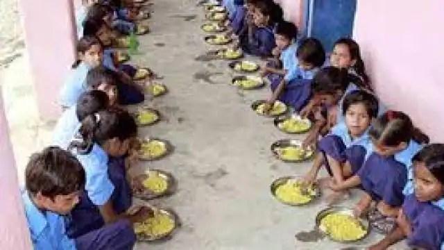 बिहार के सरकारी स्कूलों में तीन महीने का एक साथ मिलेगा अनाज
