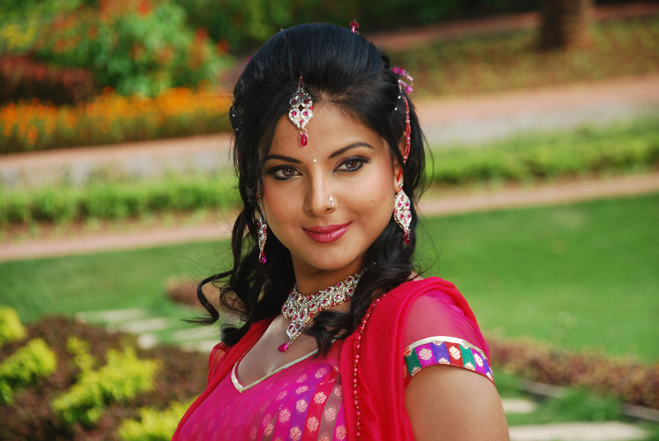 List of Upcoming Movies of Smriti Sinha in 2016-2017 Wiki, Smriti Sinha Latest & New With Release Dates, Actor, Actress name