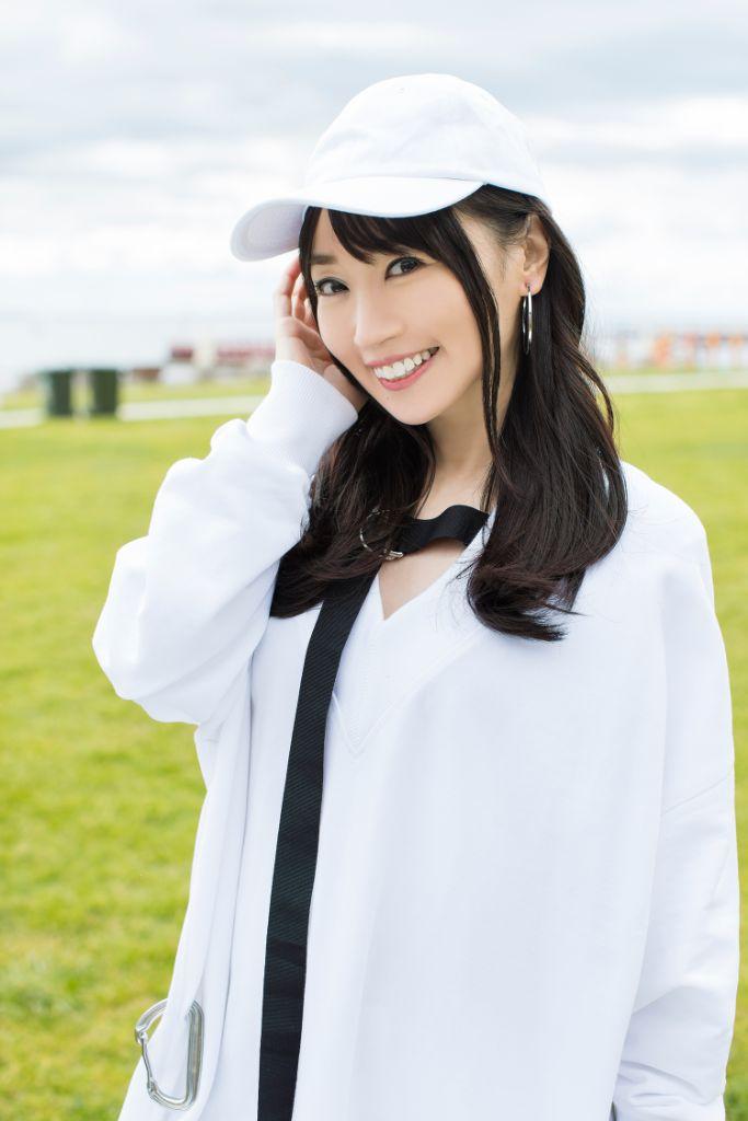 Penyanyi, Seiyuu Nana Mizuki Mengumumkan Pernikahannya