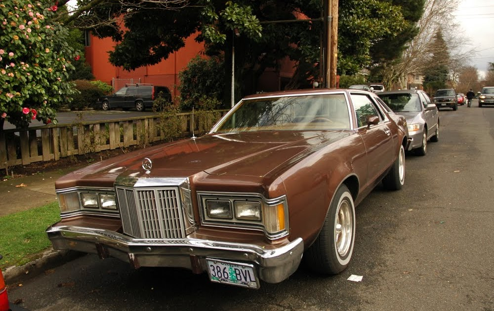 Old Parked Cars 1977 Mercury Cougar Coupe