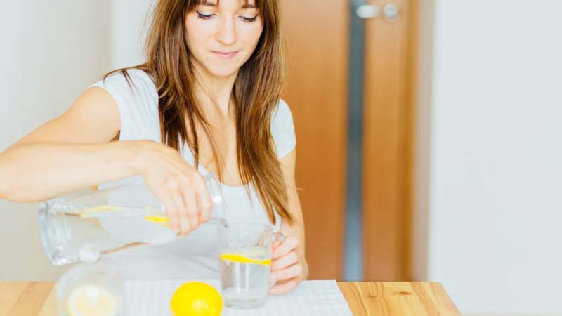 Does lemon water really help you lose weight? Read More: https://www.thelist.com/235885/does-lemon-water-really-help-you-lose-weight/?utm_campaign=clip