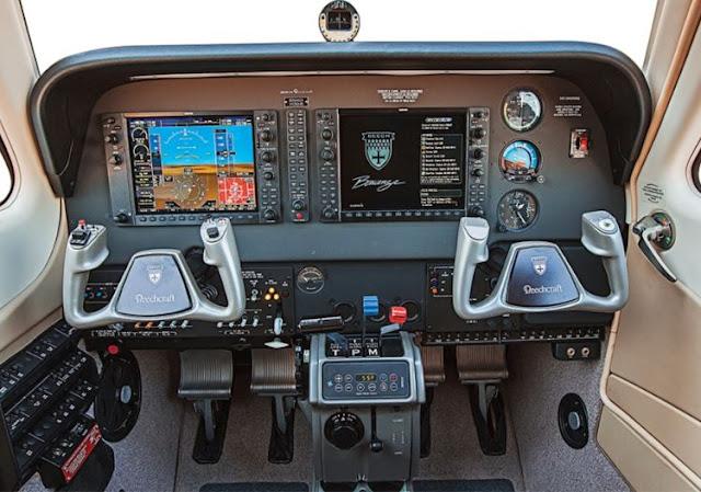 Beechcraft Bonanza G36 cockpit