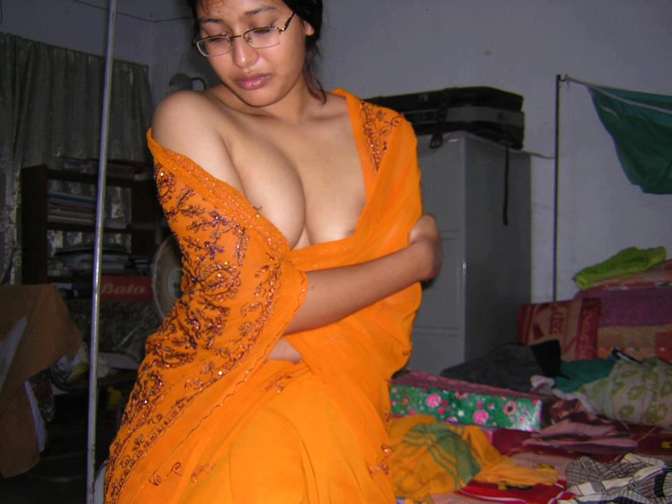 Actress from kolkata dancing nude