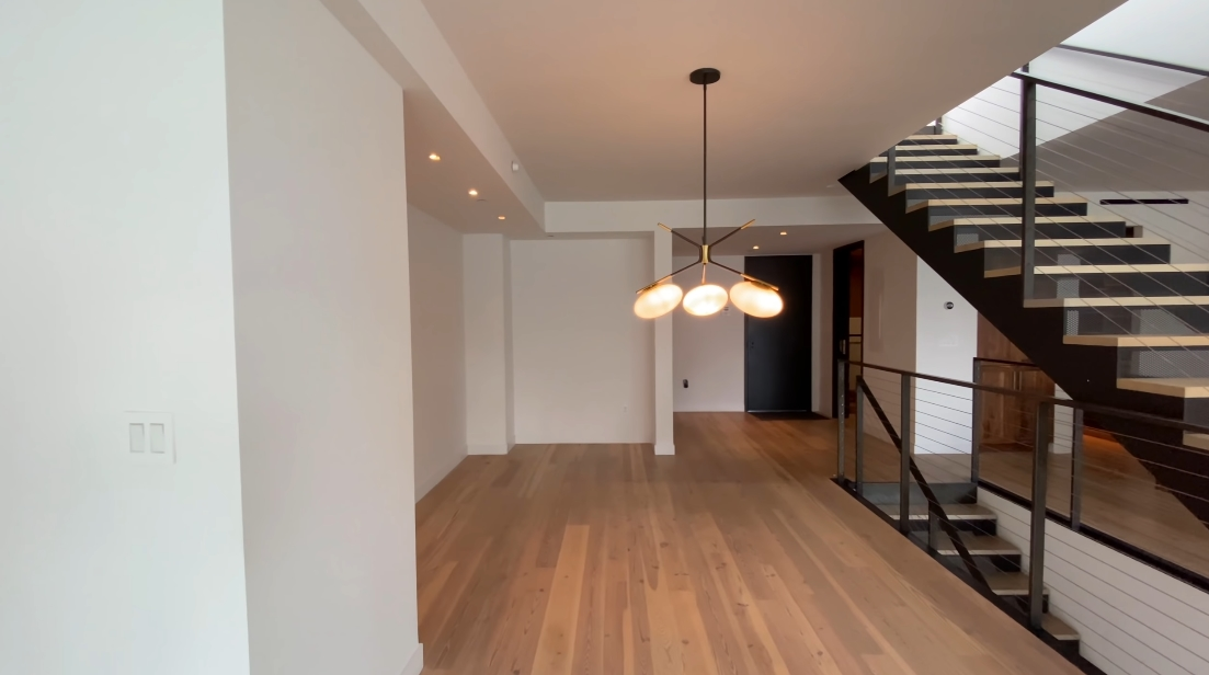 Tour 90 Fuman St. #1010, Brooklyn Luxury Penthouse vs. 42 Interior Design Photos