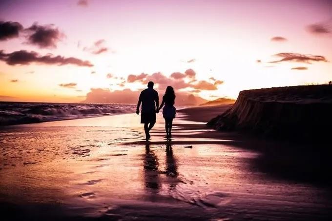 pokloni-valentinovo-uradi_sam-dan_zaljubljenih