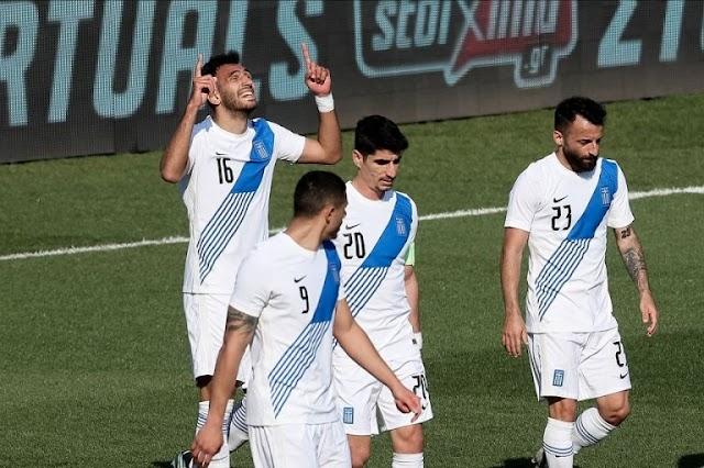 Ο Μανώλης Σιώπης, ανταμείφθηκε με φανέλα βασικού ως το μοναδικό εξάρι/ Ελλάδα - Ονδούρα 2-1