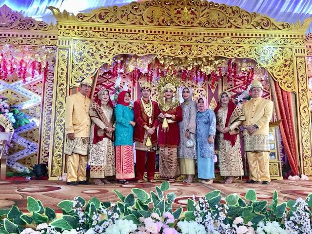 Resepsi Pernikahan Keponakan Mantan Bupati Muara Enim Berlangsung Khidmat dan Lanacar