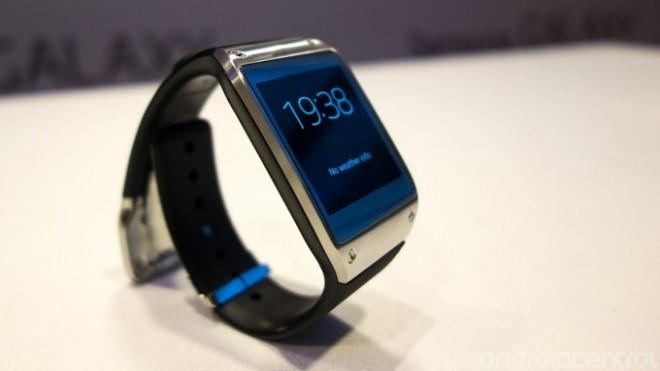3189bc80aef7 Samsung ha decidido continuar con la moda de los smartwatches o relojes  inteligentes con el Samsung Galaxy Gear