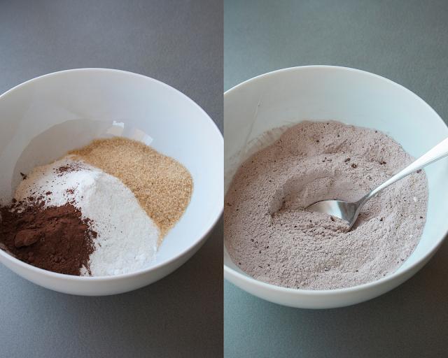 Biscotti al cacao con crema fondente e caffè Stringhetto
