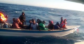 Guardia Costera de Puerto Rico devuelve 25 migrantes ilegales a Rep. Dom.
