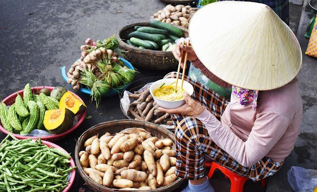 Hoi An market Vietnam