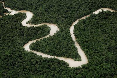 Rio Xingu no documentário 'Amazônia Eterna' (crédito: Mário Franca)