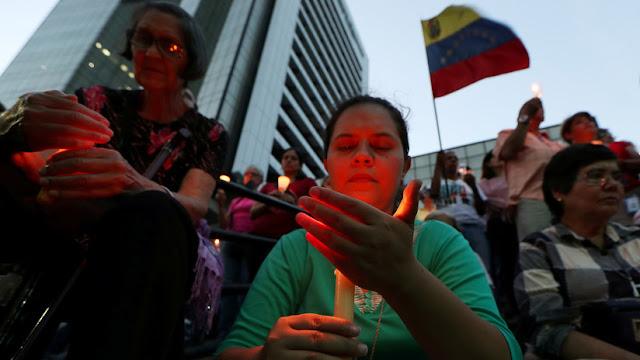 """Contralor general de Venezuela denuncia que el bloqueo económico se ha convertido en un """"genocidio"""""""