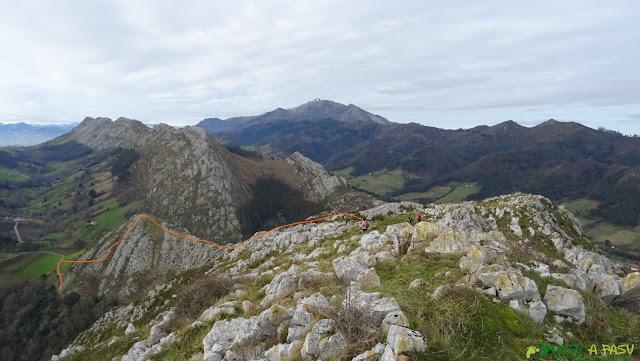 Peña Pagadín, tramo occidental de la arista
