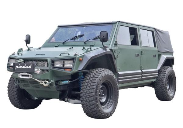 Kendaraan Taktis Maung 4x4