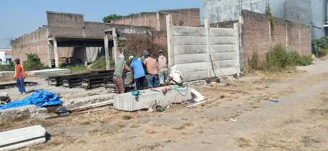 pagar panel beton precast di Semarang