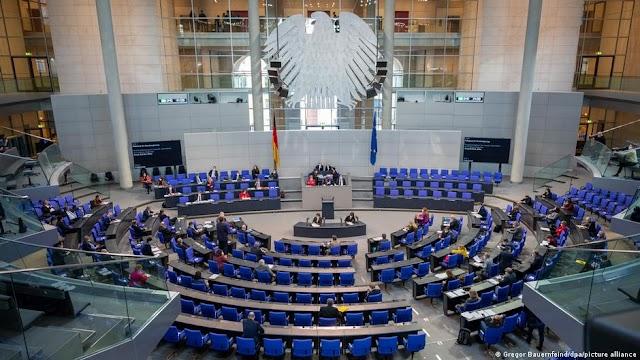 «Σεβασμός για την Ελλάδα» - Γερμανοί στηρίζουν ελληνικές διεκδικήσεις