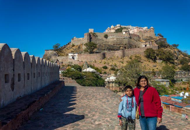 Standing on the wall of Kumbhalgarh