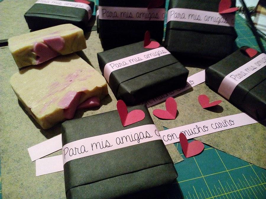 Jabones artesanos como detalles para celebraciones, recordatorios, regalos...