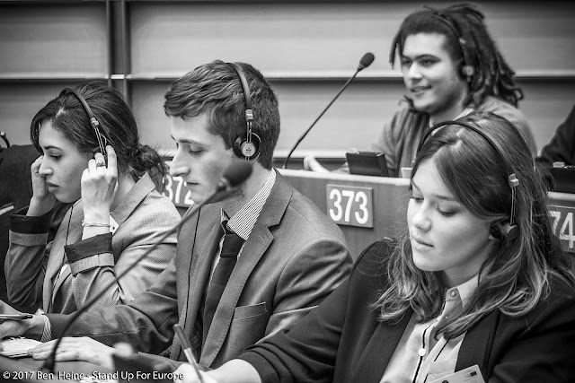Bàlint Gyévai - Stand Up For Europe - Students for Europe - Parlement européen - Photo par Ben Heine
